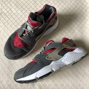 Nike Youth Huaraches